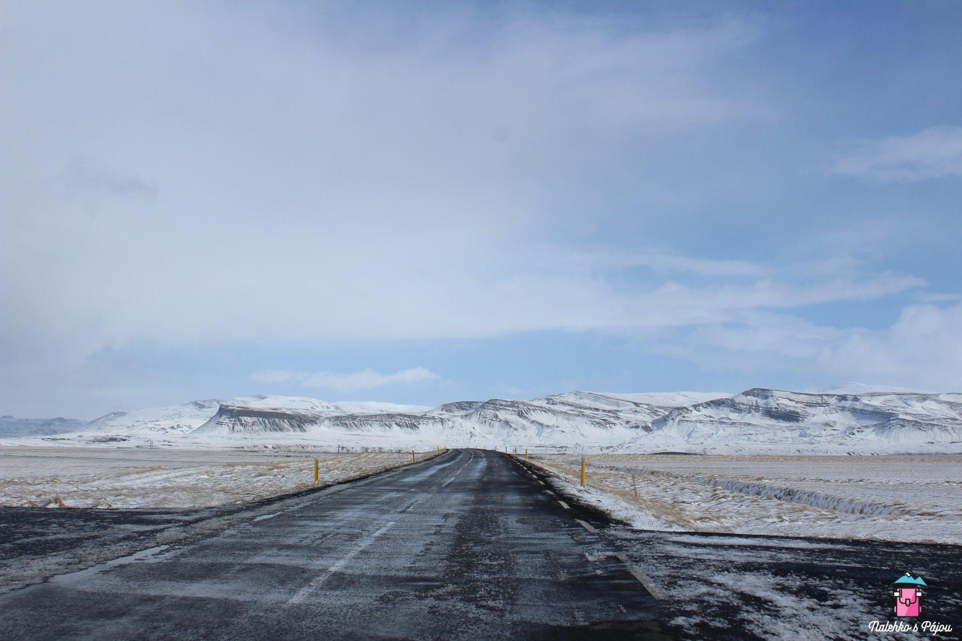 Opět nás čekal sníh na cestách