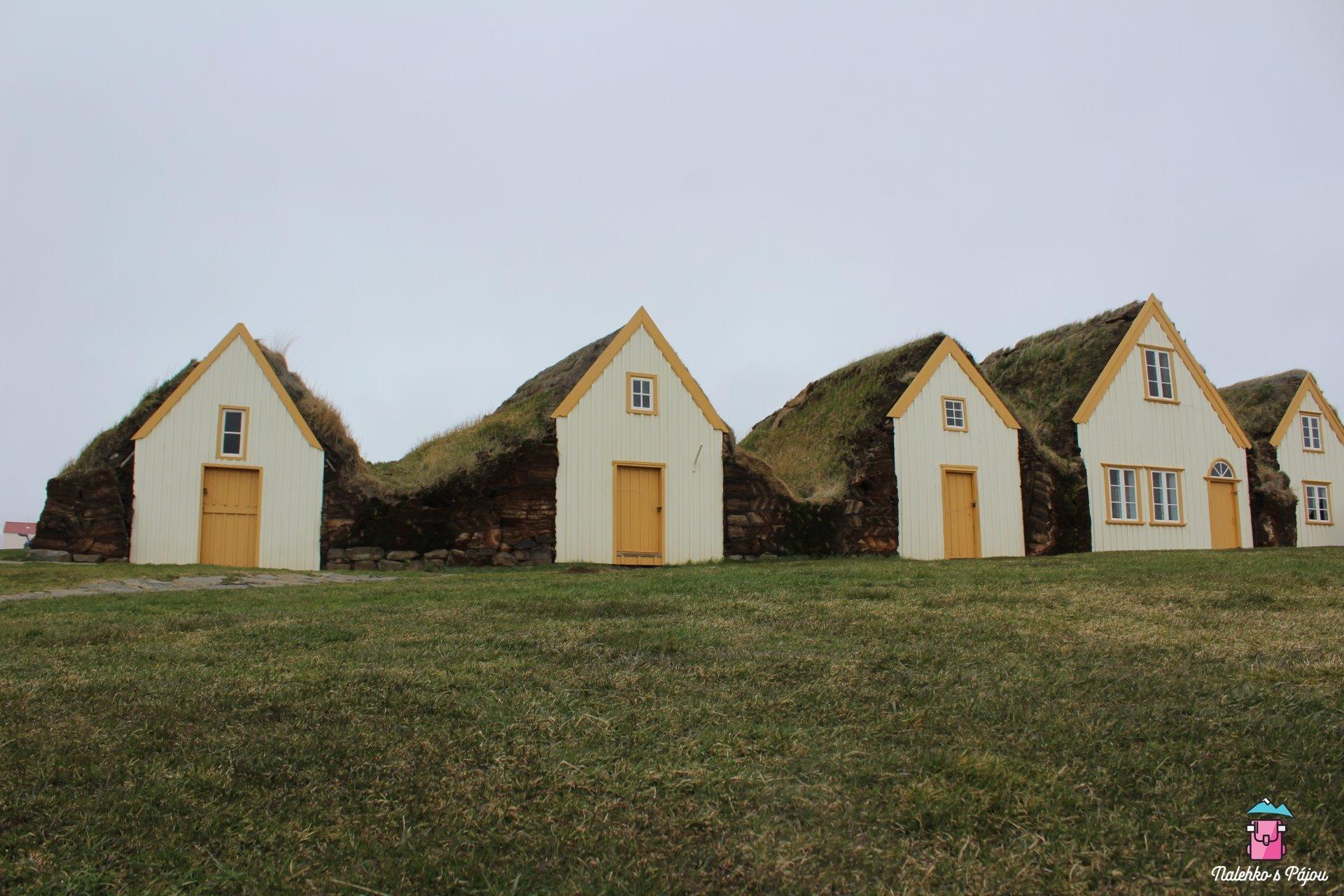 Glaumbaer, travnaté domečky