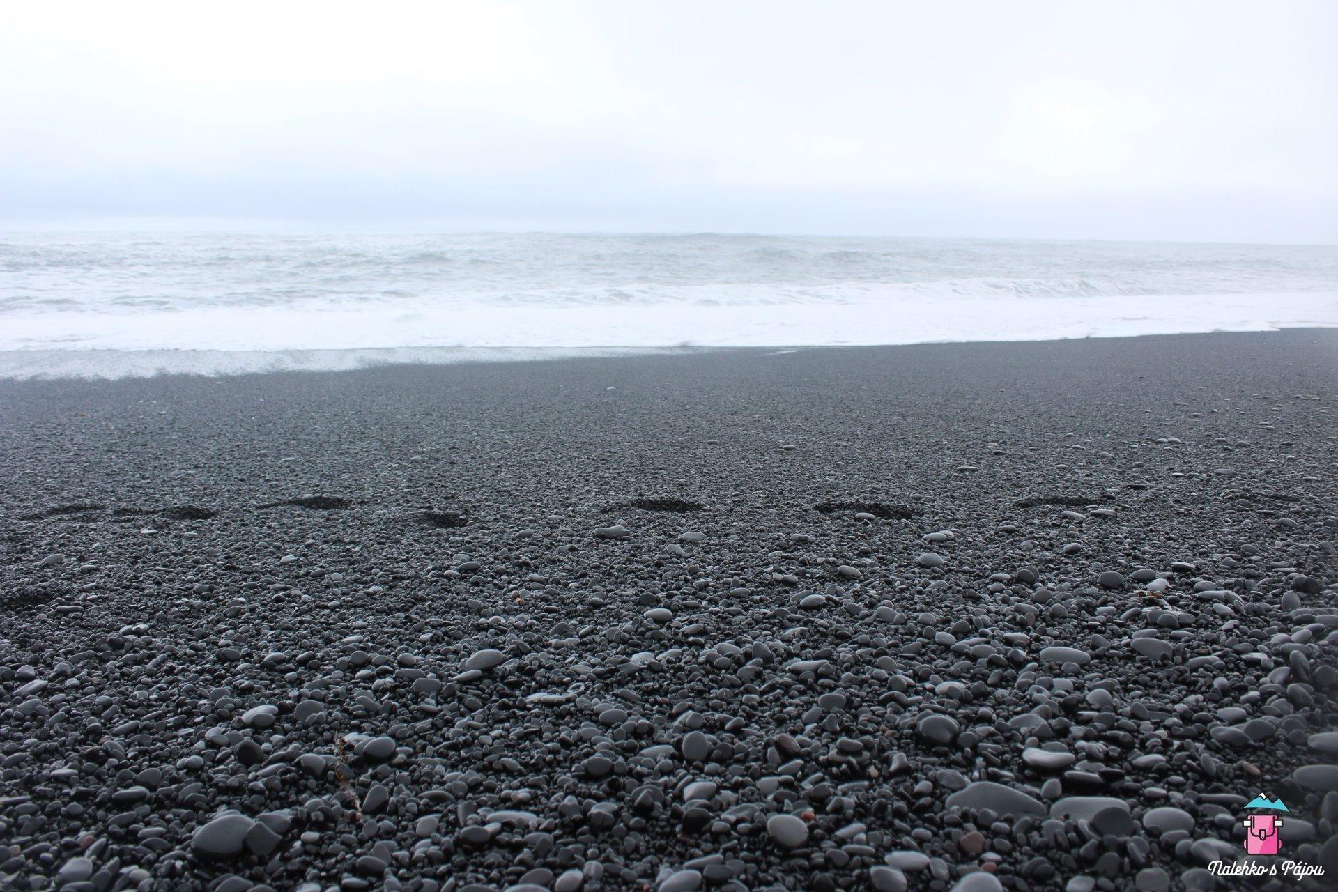 Černá pláž